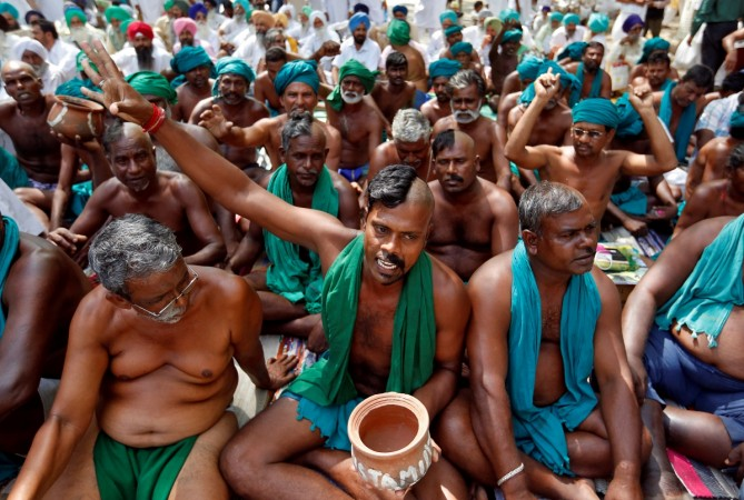 Tamil Nadu farmers call off stir for now