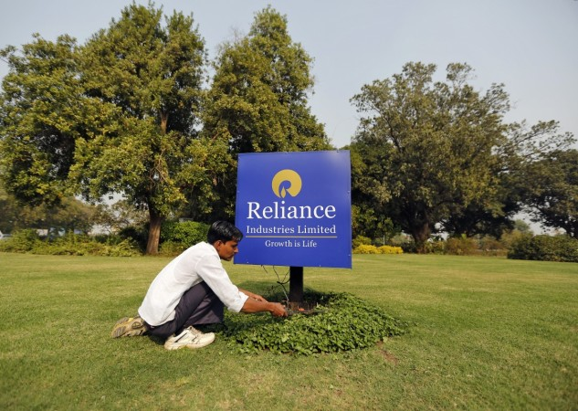 India's Reliance Industries posts higher quarterly profit; tops estimates