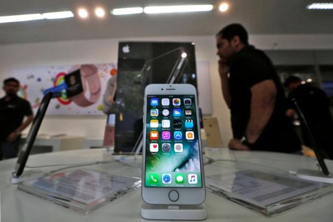 Govt seeks details of proposed investments in India from Apple
