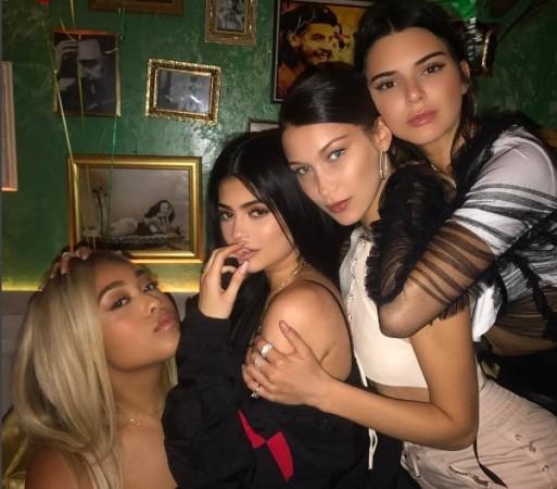 Kylie Jenner Travis Scott Boston PDA