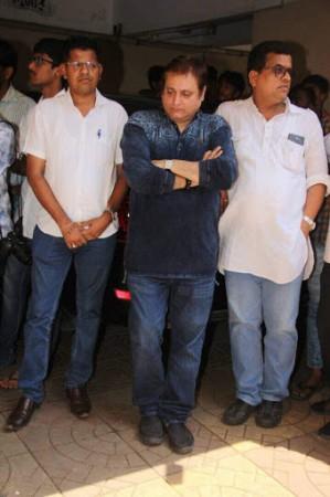 Manoj Joshi at Reema Lagoo funeral