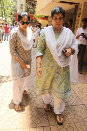 Reena Dutta at Reema Lagoo funeral