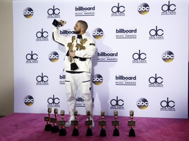 Canadian connection: Drake meets Celine Dion at Billboards