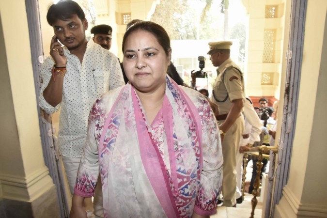 IT department issues summons to Lalu's daughter Misa Bharti
