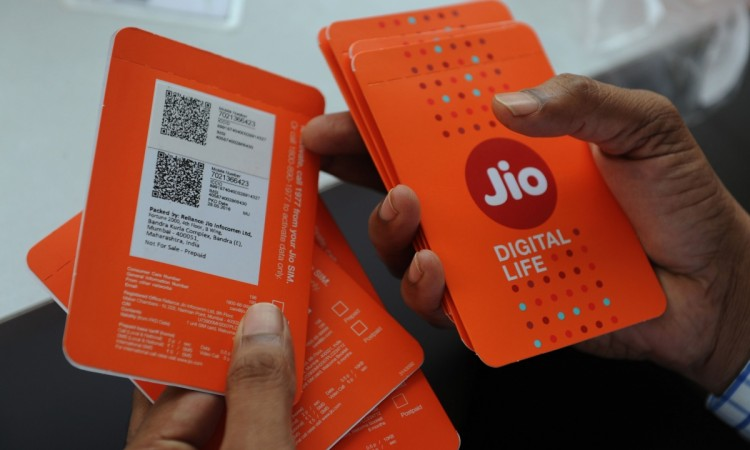 Telecom Subscriber Base Crosses 1.19 Billion In April, Jio Leads