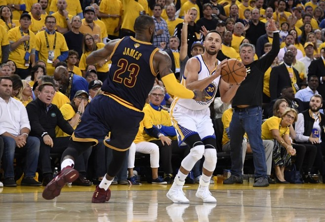 Watch Golden State Warriors vs Cleveland Cavaliers NBA Final Game 2 live