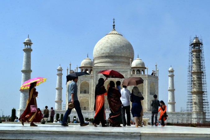 taj mahal, supermodels, tourism, incredible india, foreign tourists, fta, agra