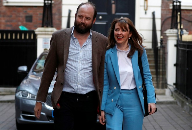 Theresa May's top advisers quit over election results