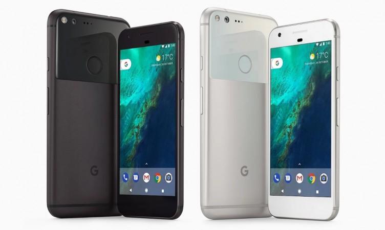 Google Pixel an Pixel XL as seen on Google Store