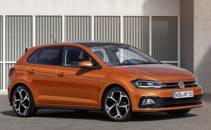 2017 volkswagen polo images including gti version leaked hours ahead of global unveiling. Black Bedroom Furniture Sets. Home Design Ideas