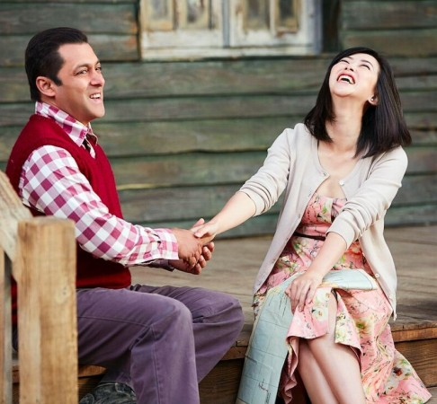 Salman Khan and Zhu Zhu in Tubelight