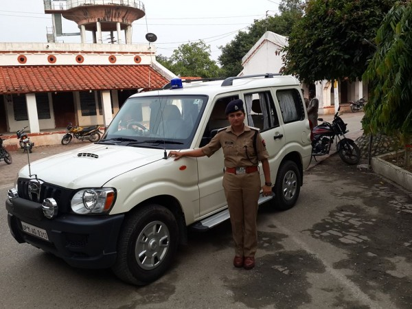 Police officer who challenged BJP leader transferred to Bahraich district