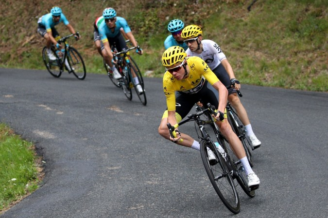 Froome at heart of peloton, German Kittel wins stage