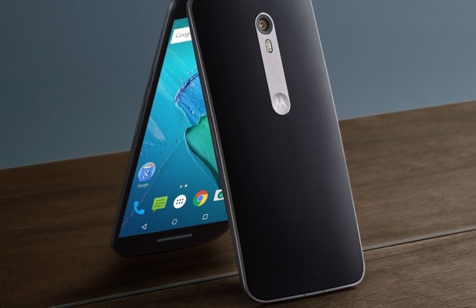 Android 7.0 Nougat update schedule for Moto X Style in ...