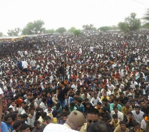 Protests by Rajputs turn violent in Nagaur, heavy security deployed