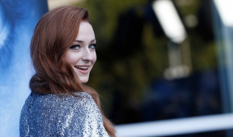 Why Sansa Stark Deserves the Iron Throne