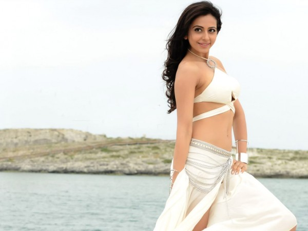 Pretty Rakul to romance sturdy Ajay in his next!