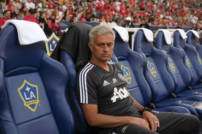 Jose Mourinho sends message to Man United supporters about Marcus Rashford