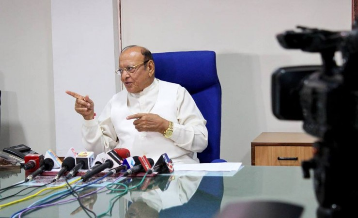 Shankersinh Vaghela expelled from congress, but will not join BJP