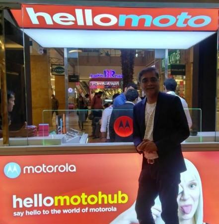 Motorola, Moto Hub, India, showroom, Motorola service center