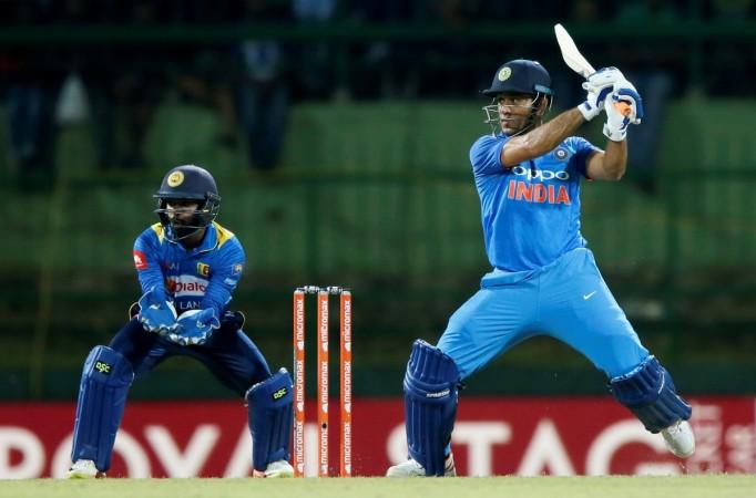 MS Dhoni, India vs Australia