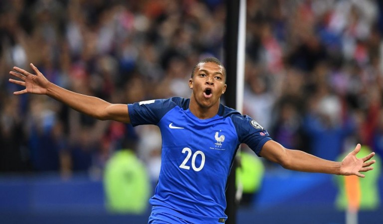 Mbappe joins Neymar at PSG in deal with Monaco
