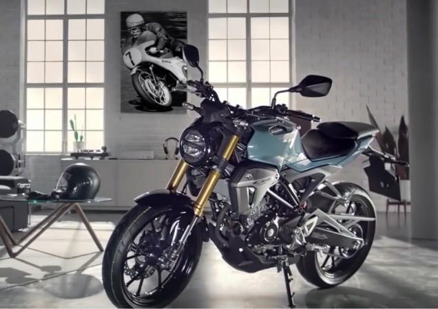 Honda CB150R ExMotion Based On Aggressive 150SS Racer