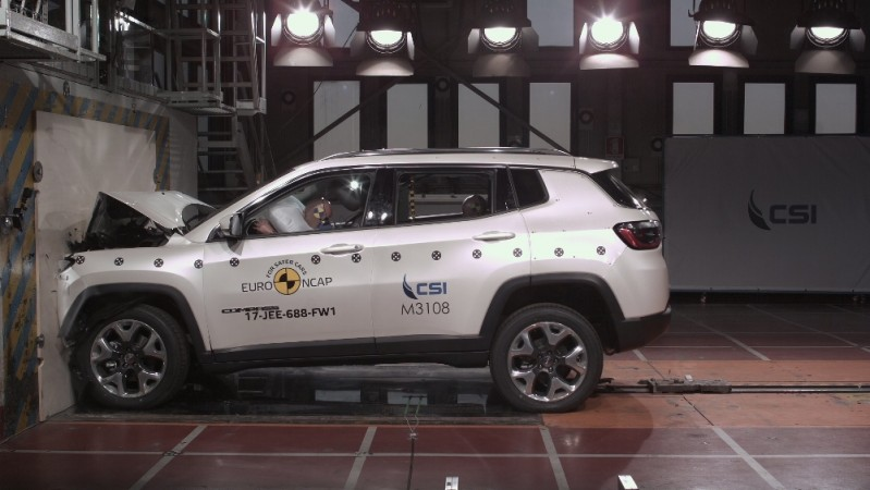 jeep compass receives five star safety rating from euro ncap. Black Bedroom Furniture Sets. Home Design Ideas