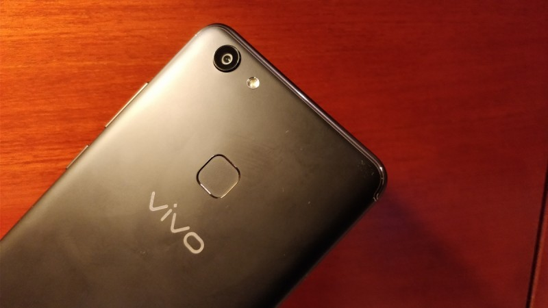 Vivo V7 with 5.7-inch 18:9 display, 24MP selfie camera launched