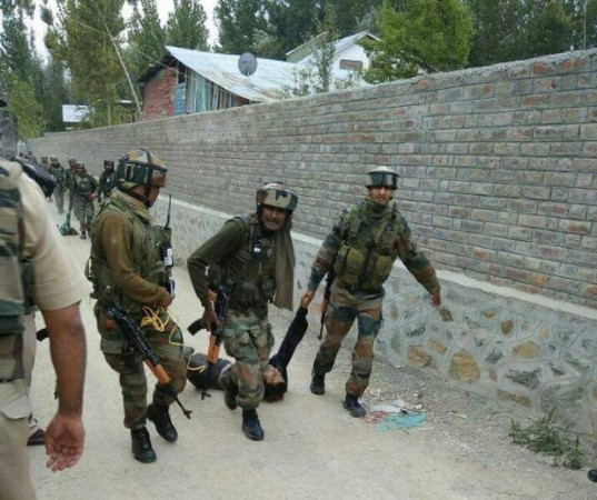 Indian troops kill top militant commander, associate in Indian-controlled Kashmir gunfight