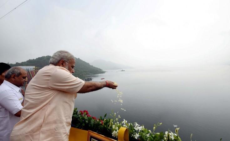 PM Narendra Modi inaugurates Sardar Sarovar Dam
