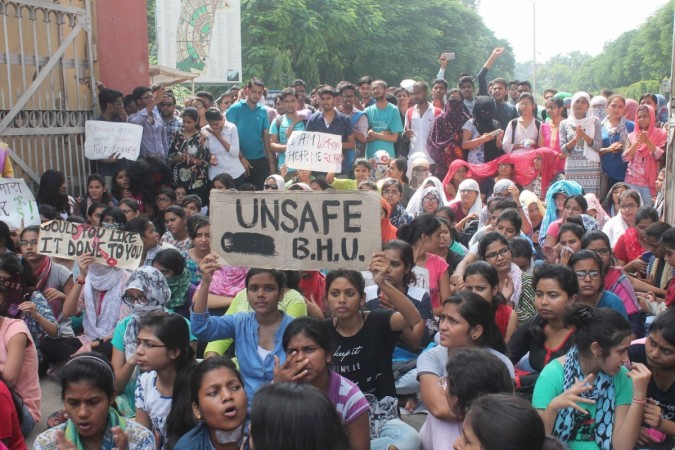 BHU students detained en route PM's residence, released