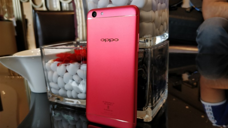 Oppo F3 Diwali limited edition launched at Rs 18990
