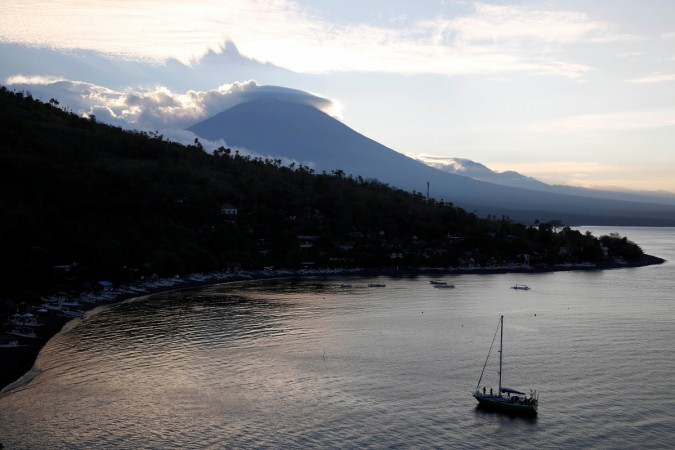 Holidaymakers in Bali warned of flight disruption amid volcanic eruption fears