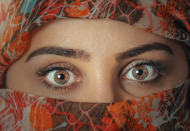 UP Islamic school issues fatwa, bans women from shaping eyebrows, cutting hair