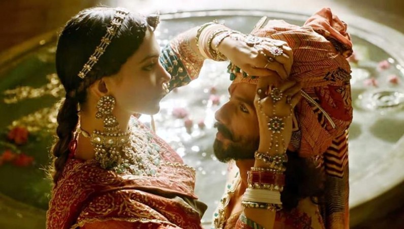 Shahid Kapoor gets mocked for his shirtless look in 'Padmavati'