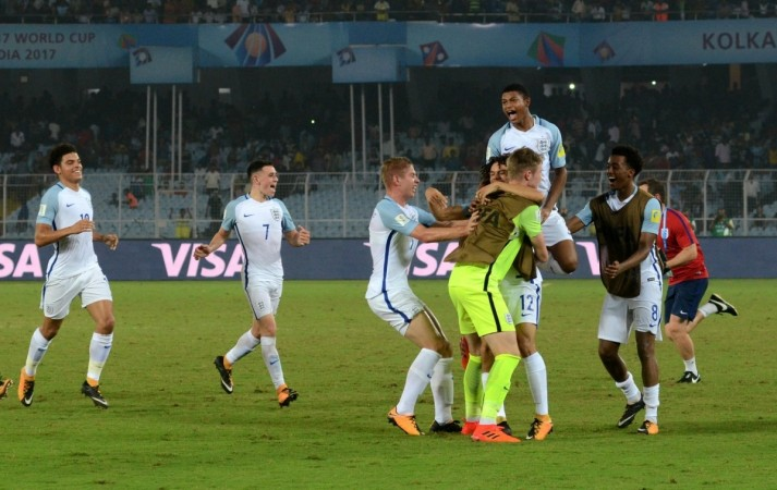 England youngsters into World Cup semis
