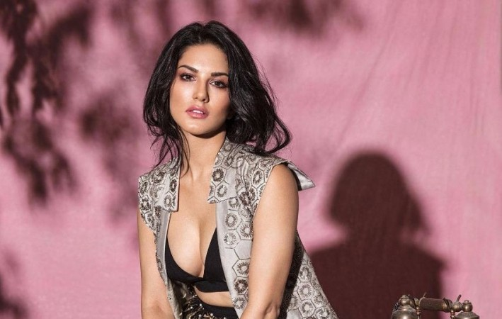 Sunny Leone gets back at man who tried 'snake prank' on her