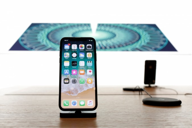 Apple to launch three iPhone X-inspired models in 2018, report claims