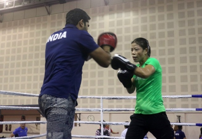 Mary Kom enters final beating Japan's Tsubasa Komura