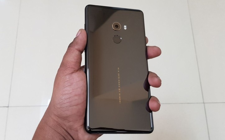 Xiaomi Mi MIX 3's Alleged Back Cover And Case Surface