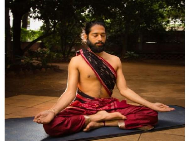 Akshar Yoga founder