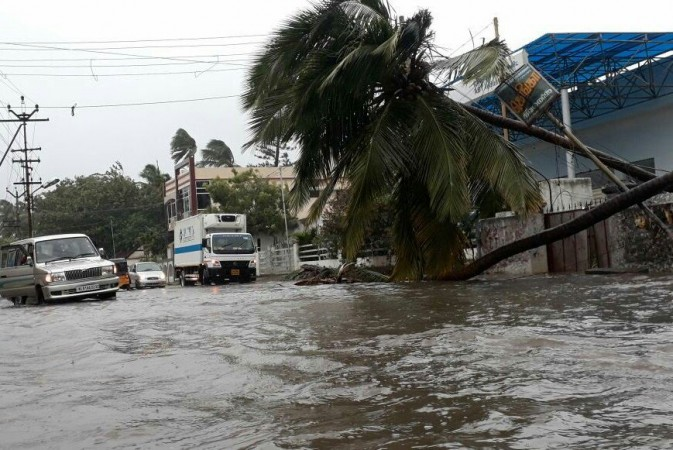 Tracking Cyclone Ockhi in Tamil Nadu and Kerala