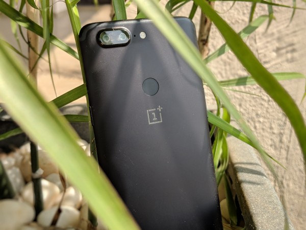 OnePlus 6 rumoured with in-display fingerprint sensor
