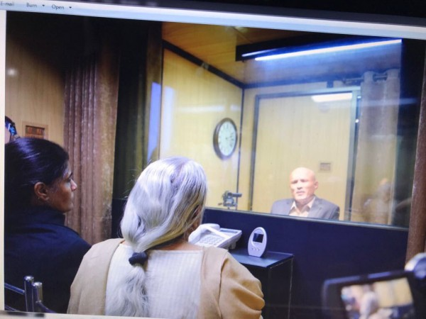 Jadhav meets mother, wife at Pak Foreign Affairs Ministry