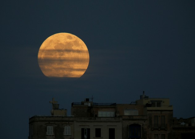 March will Come with Two Full Moons: When Can You See Them