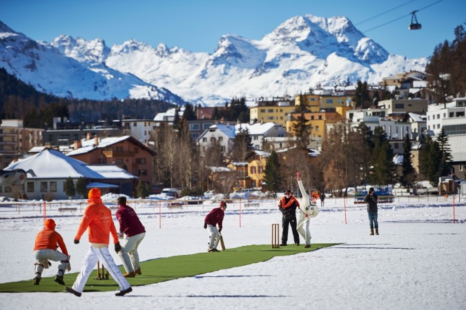 Cricket on ice: Afridi's Royals take on Sehwag XI in Swiss Alps