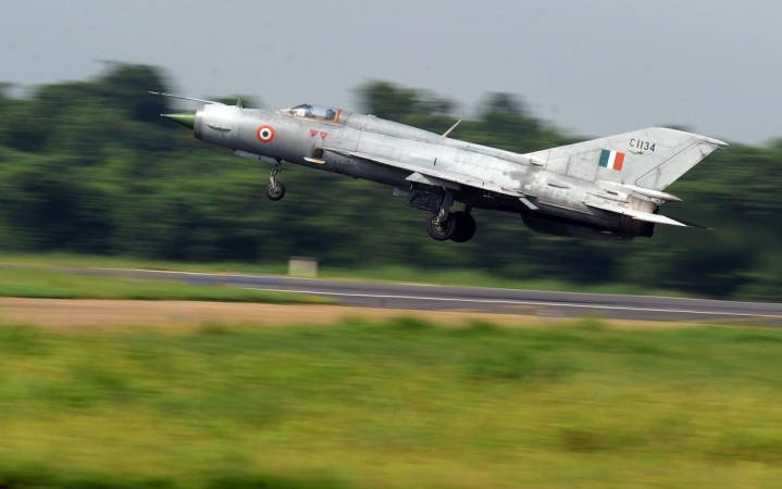 First Indian woman flies fighter jet