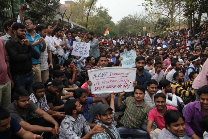 ssc aspirants protest