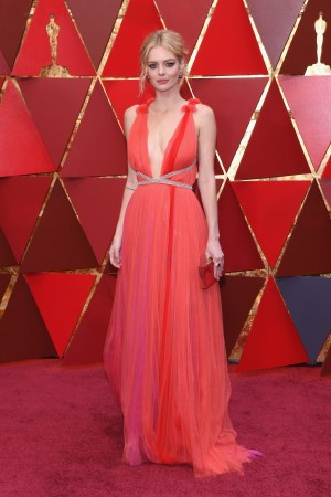 Samara Weaving attends the 90th Annual Academy Awards at Hollywood & Highland Center on March 4, 2018 in Hollywood, California.